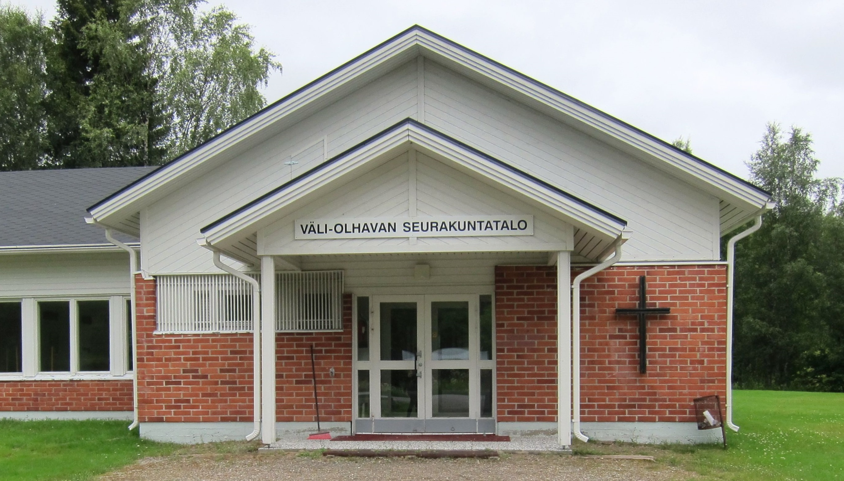 Väli-Olhavan seurakuntatalo