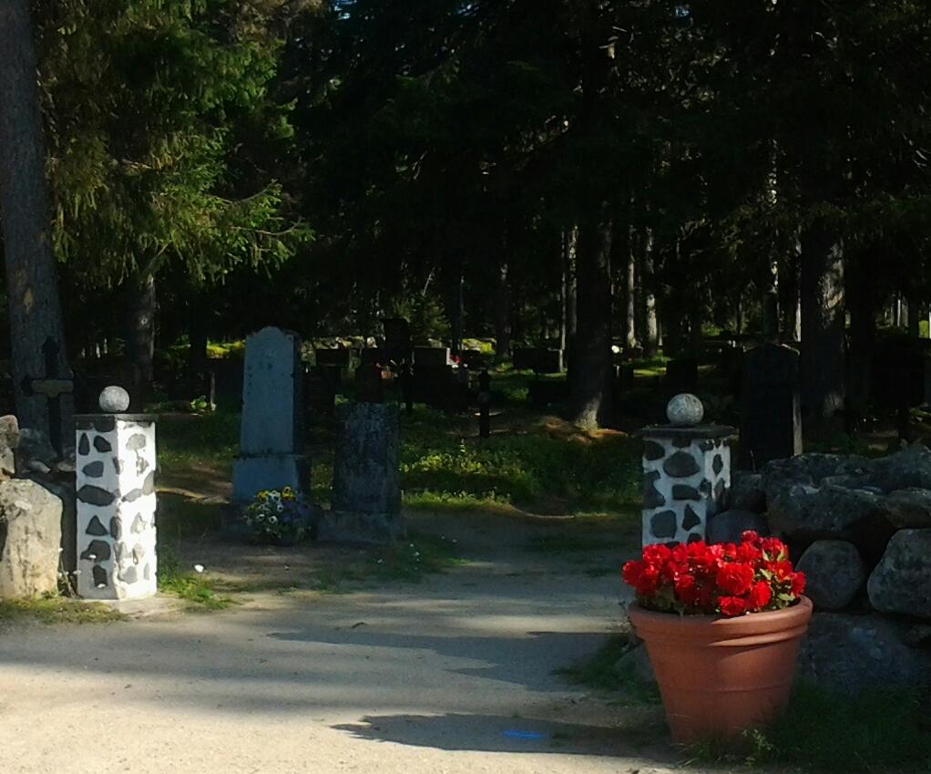 Kuivaniemen hautausmaa